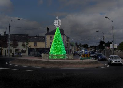 Christmas Tree On Roundabout RL-RA-002